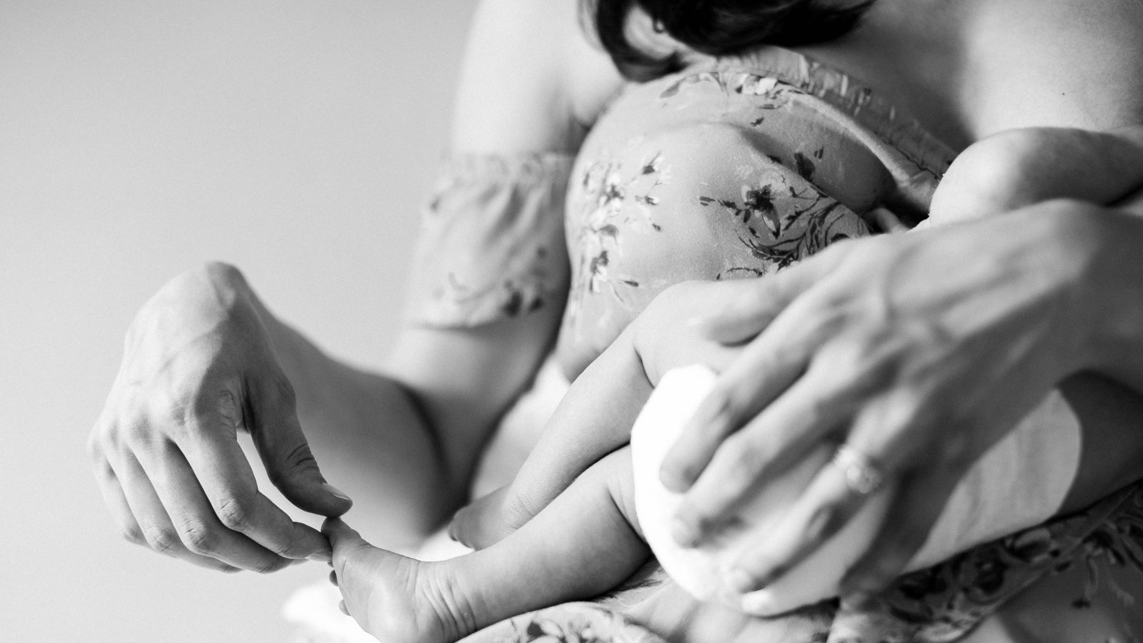 5 things moms can do postpartum to support their mental health